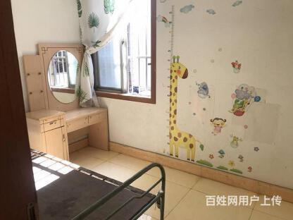 人民广场大庆东路艺苑新村中装三房 把边户型 三面采光环境好