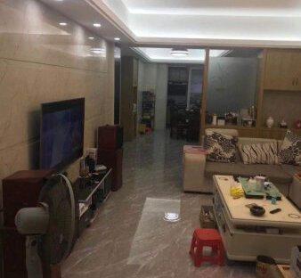宏天广场中低层128平方4房2厅高档装修售价92万