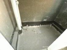 万达旁  电梯毛坯三房  前后大露台一百多平