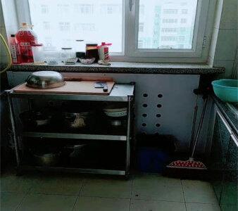 兰泽园3楼中等装修带40平地下室产权满五年诚心出售二手房